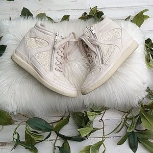 Aeropostale Cream Suede & Lace Wedge Sneakers.EUC